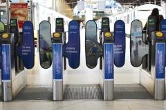 London-City-Airport-AdGates